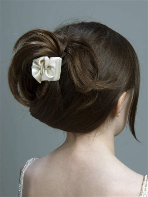 claw hairclip hairstyles cute hairstyles for school