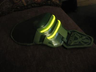 cubseidl props: final fantasy lightning shoulder armor