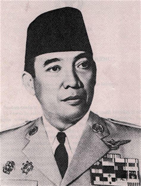 biographical recount ir soekarno ir soekarno biography the first president of republic