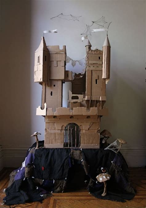 savvy housekeeping 187 cardboard box rockets and castles