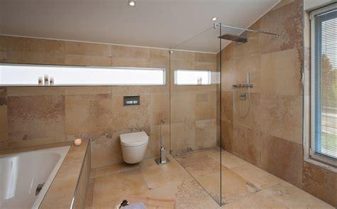 ideen badezimmer fliesen interessante ideen badezimmer sanieren mit spiegelschrank