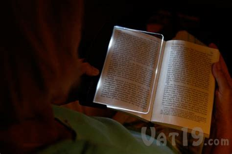 the light books lightwedge led book light the ultimate reading light