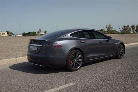 Tesla In A A Tesla In Kuwait 2 48am Everything Kuwait