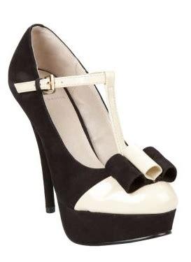 High Heels Kerja Hitam Elegan keuntungan dan kerugian memakai sepatu high heels norma