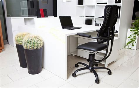 Office Chairs Reddit The Best Quot Gaming Quot Chair Is Just A Boring Ergonomic Office