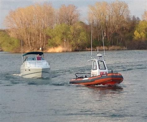 canada s towboat is there for our canadian neighbors - Tow Boat Canada