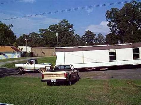 mobile house movers trailer house movers 28 images transporting a mobile home find the right mobile