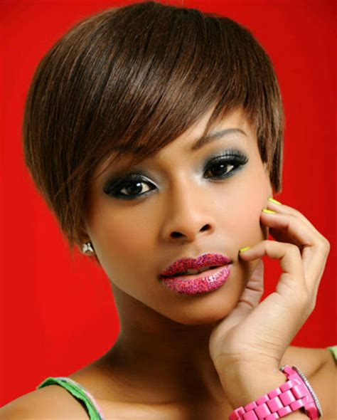 mzansi celebrities with short hair top 10 short celeb hairdos who rocks them the best