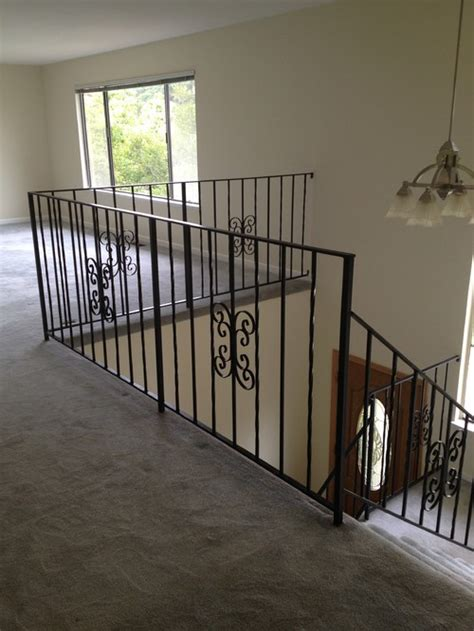 Replace Stair Banister by Replacing Stair Railing