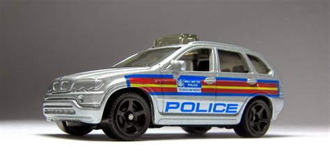 matchbox bmw car lamley group first look 2014 matchbox bmw x5 police