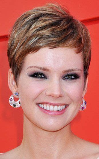 brown and blonde pixie cuts short hairstyles for women new look 13 jpg 346 215 557 pixels