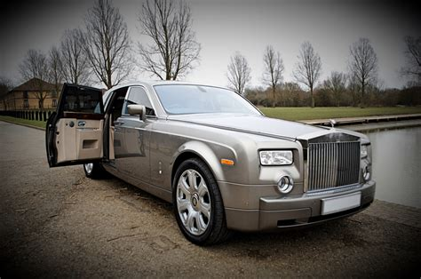 roll royce grey rolls royce phantom wedding car hire