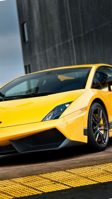 wallpaper android lamborghini yellow lamborghini aventador android wallpaper free download