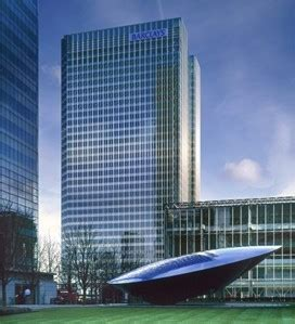 520 Sq Ft by Barclays World Headquarters