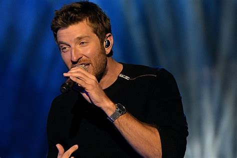 brett eldredge fan brett eldredge freaked out that fans autograph as