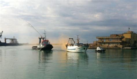 capitaneria di porto di porto empedocle esercitazione antincendio al porto di porto empedocle