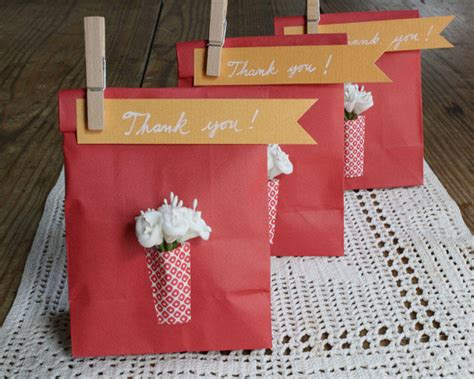 diy wedding favor bags with a twist diy paper vase favor bags once wed