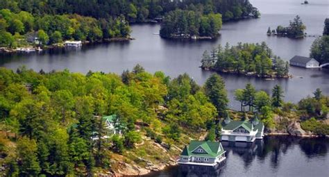 Last Minute Cottage Rentals Muskoka by Best 25 Ontario Cottages Ideas On Cottages In