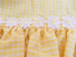 Yellow Gingham Kitchen Curtains Vintage Yellow Gingham Kitchen Curtains 8