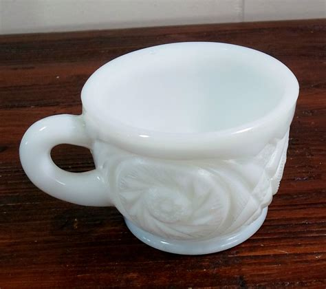 Milk Glass L by Early Eapg L E Smith Mckee White Milk Glass Aztec