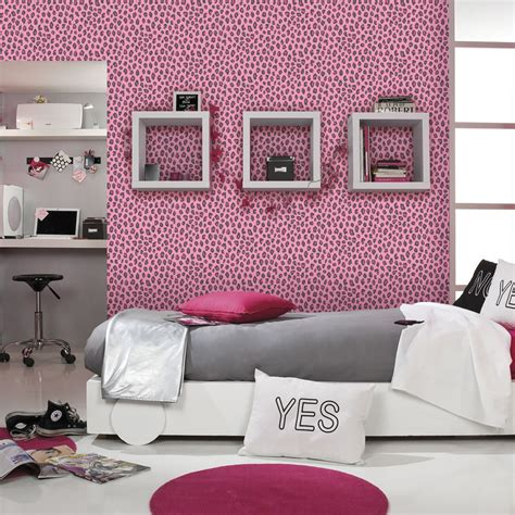 leopard print wallpaper for bedroom leopard print wallpaper animal print girls bedroom pink