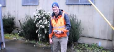 meter readers from the portland water bureau pwb customer service the city of portland oregon