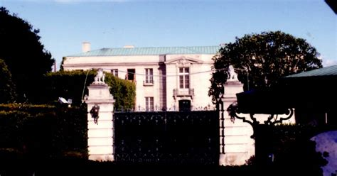 panoramio photo of beverly hillbillies mansion bel air