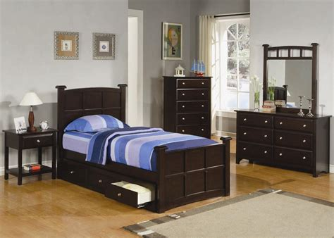 Bed And Dresser Set Jasper 4 Pcs Bedroom Set Bed Nightstand Dresser And Mirror Coaster Co Bedroom