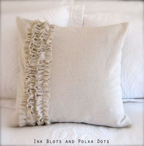 Pillow Ideas by Diy Pillow Ideas Thrifty Thursday Week 10