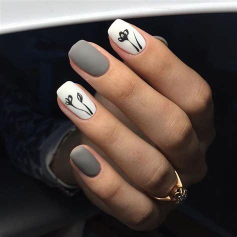 imagenes de uñas hermosas pintadas u 241 as gris blanco dise 241 o flores negras sencillas u 241 as