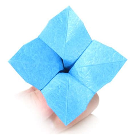 Origami Hydrangea - how to make an origami hydrangea flower page 11