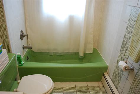 avacado bathroom it s not easy being green effortless style blog