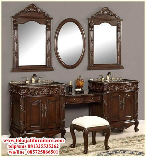 Meja Rias Clasic meja rias jati luxury classic www tokojatifurniture best store shop