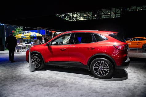 2020 Ford Crossover by 2020 Ford Escape Revealed Crossover Suv Brings In