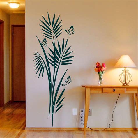 wand tattoo pflanzen wandtattoo palmenwedel mit schmetterlinge