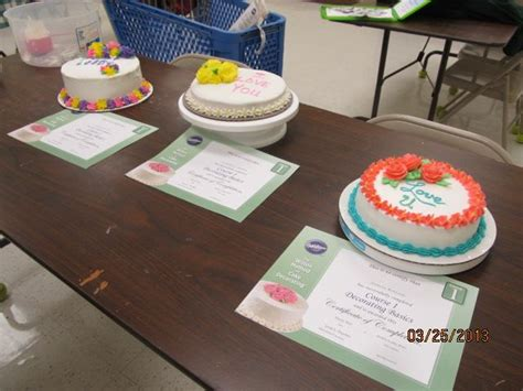Wilton Cake Decorating Classes At Hobby Lobby Class I Final Cakes Wilton Cake Decorating Classes At