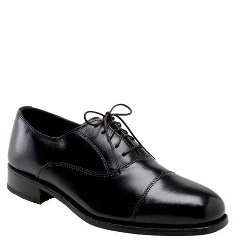 florsheim s edgar black leather cap toe lace up oxford