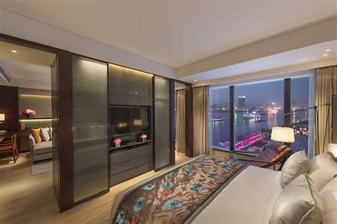 bedroom apartment luxury apartments  mandarin oriental shanghai