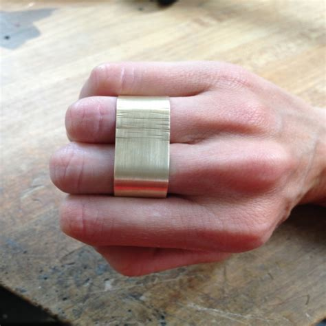 how to finger how to make a double finger ring