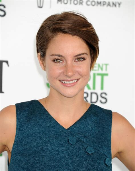 shailene woodley 2014 shailene woodley at 2014 film independent spirit awards in