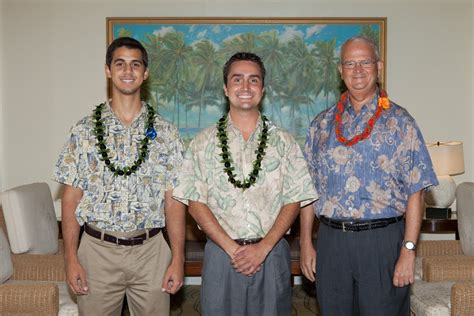 Of Hawaii Mba Scholarship by Attire In Hawai I Shidler College Of Business