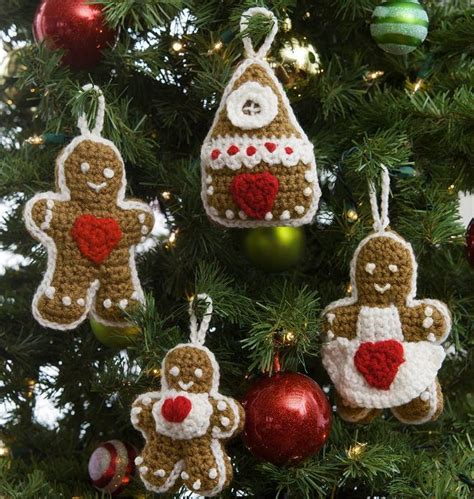 crochet christmas crafts gingerbread family crochet ornaments allfreechristmascrafts