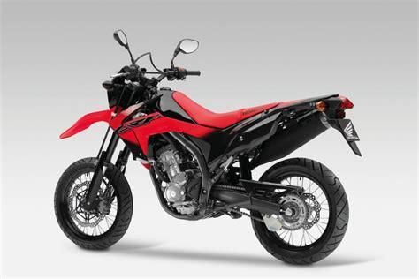 Ps Einstufung Motorrad by Neue 250 Kubik Supermoto Von Honda Magazin Von Auto De