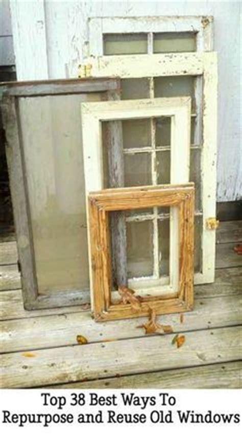 25 ways to repurpose reuse old vintage wood doors best 25 old window crafts ideas on pinterest
