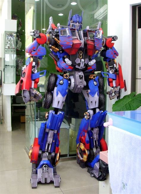 Optimus Prime Papercraft - august 2015 papercraftsquare free papercraft