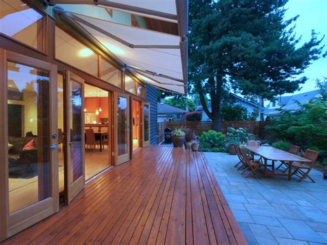 Flip Or Flop Houses For Sale by Flip Flop House S Modern Deck Seattle By Mohler