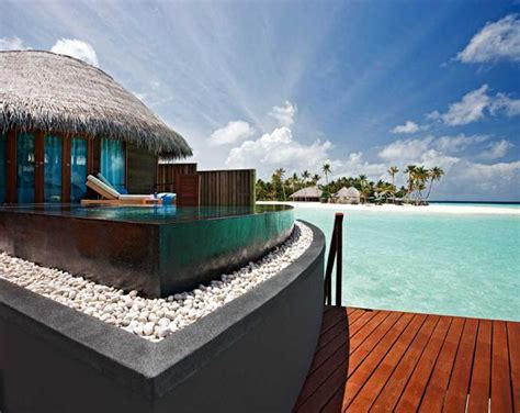 hawaii bungalows water best overwater bungalows faceoff bora bora or maldives