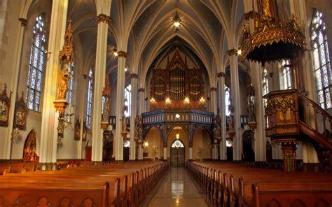 catholic churches in toronto
