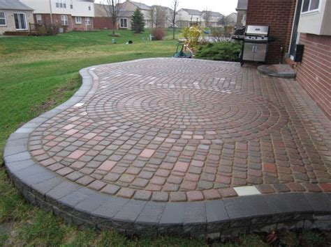 Designs For Patio Pavers Paver Patio Pictures And Ideas