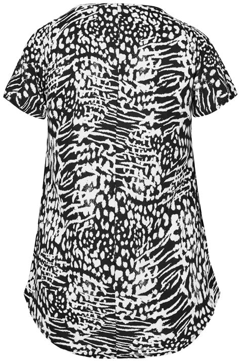 printable vouchers for days out in london yours london black white animal print top with keyhole